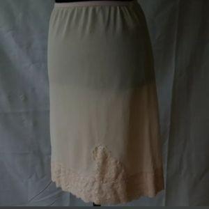 """Half Slip Philmaid Pink Vintage Lace 20"""""""